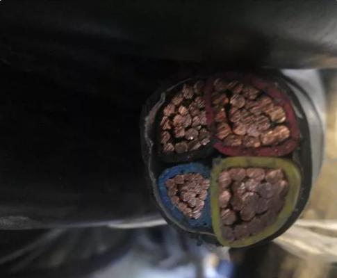 انواع سیم و کابل و تجهیزات برقی