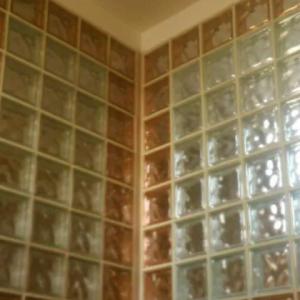 نصب و فروش بلوک شیشه ای رنگی و سفید