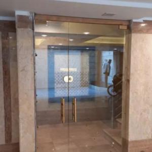 شیشه سکوریت(میرال)و پنجره دو جداره(upvc)