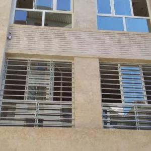 نرده استیل حفاظ پنجره استیل