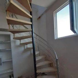 پله گرد ، نرده استیل