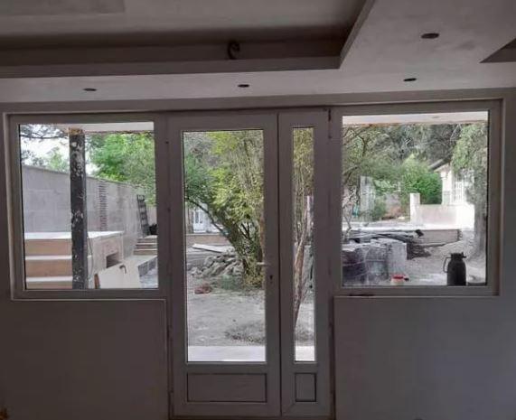 درب پنجره دوجداره upvc وتوری شرکتی