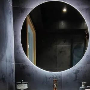 آینه سرویس بهداشتی چراغدار