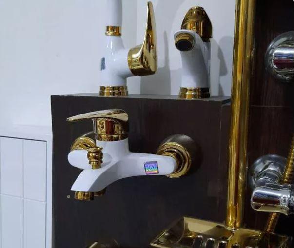 شیرآلات اهرمی سفید طلایی