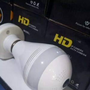 دوربین لامپی وایفای دارای انتقال تصویر مداربسته