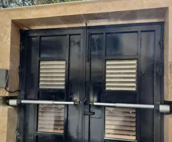 تعمیر نصب درب های اتوماتیک برقی در سراسر اصفهان