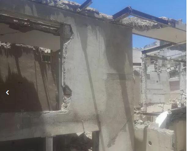 تخریب ساختمان وخاکبرداری اکبری در سرتاسری مشهد