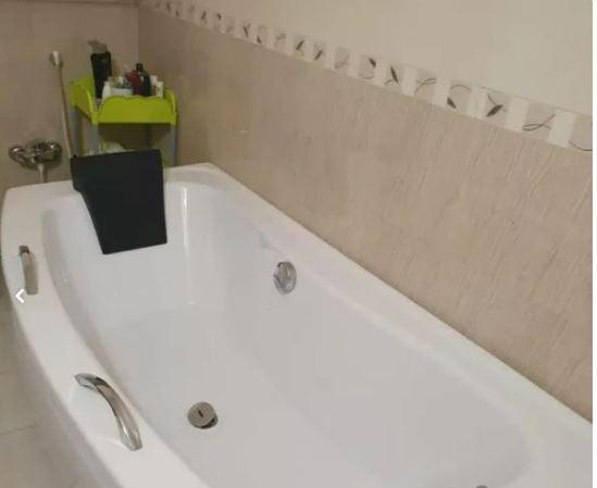 وان توکار حمام آکریلیک